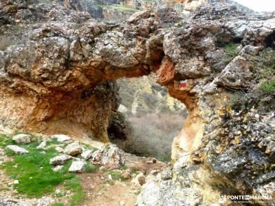 Cañón Caracena; Encina  Valderromán; curso de montañismo senderismo sierra norte madrid excursio